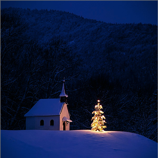 www.messagesofhope.com || Image Credit: http://pix-bavaria.com/mf/advent/127-06-D
